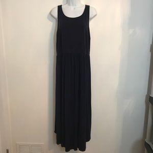 Navy maxi dress by Old Navy. Size XXL